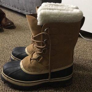 Sorel women's tan boots size 6.5